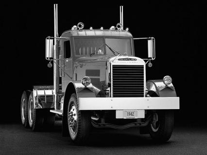 freightliner conventional 1942